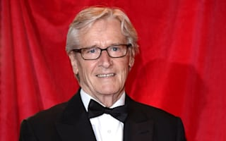 Corrie fans 'praying' for Ken Barlow after murder bid near staircase