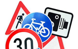 Report calls for larger road signs for the elderly