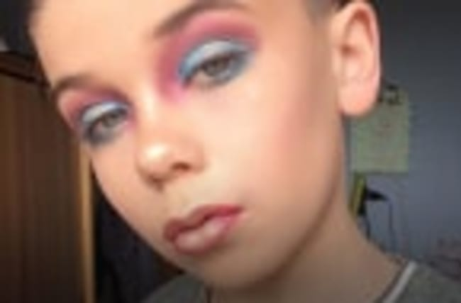 Ten-year-old makeup artist