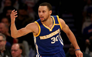 Curry lifts Warriors to 11th straight, Cavs prevail in double OT