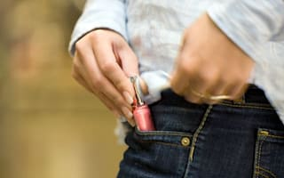 New scam warning: criminals are conning people into shoplifting