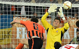 Shakhtar Donetsk 2 Sevilla 2: Gameiro nets late penalty to salvage draw