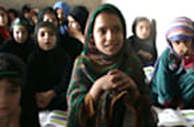 Afghan girls defy challenges to attend school