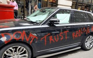 Furious Range Rover owner vandalises his own car