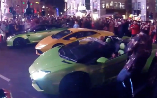 Supercar club shuts down Piccadilly Circus with fleet of expensive cars