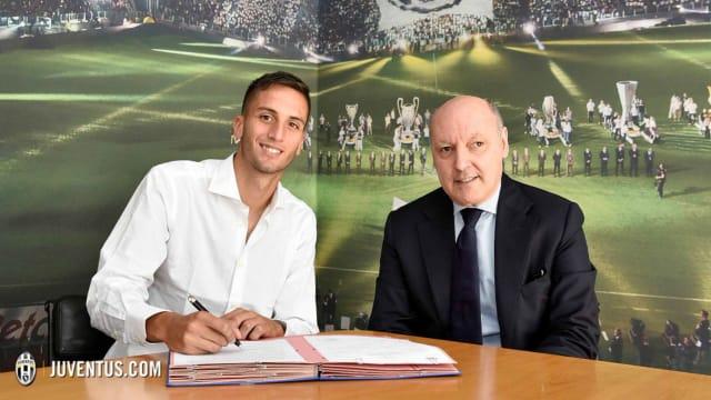 Juventus sign Uruguayan midfielder Bentancur from Boca Juniors