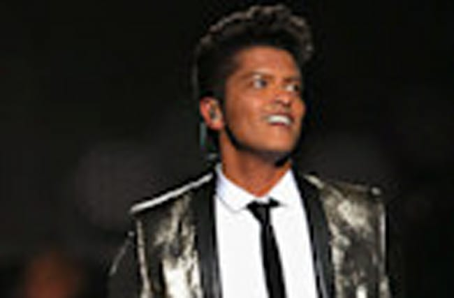 EXCLUSIVE: Bruno Mars Is Performing on the Season Finale of 'The Voice'