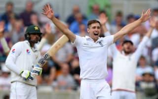 Woakes backs England to push on