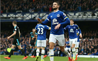 Mirallas signs new three-year Everton deal