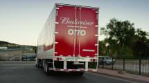 El camión sin conductor de Uber lleva cerveza a 200 km de distancia