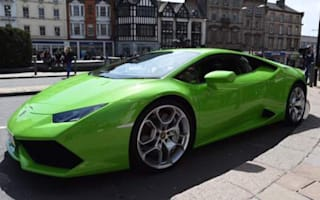 Lamborghini owner granted taxi licence for £200,000 supercar
