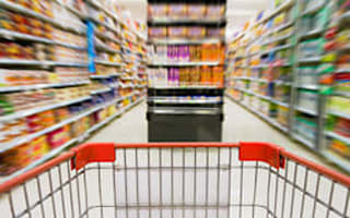 Supermarkets agree on price labels