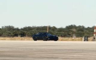 Electric Corvette sets speed record