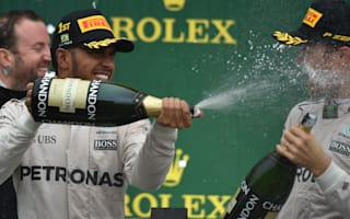 Hamilton to keep 'hunting' Rosberg in Abu Dhabi