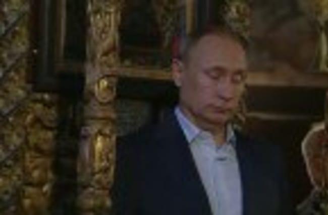 Putin visits Greek monastic community