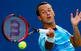 Kohlschreiber eases to Sofia success, Muller through