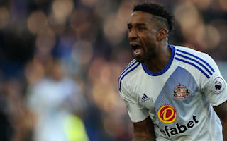 We don't intend to go down - Moyes dodges Defoe contract talk