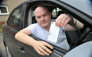 Police attempt to prosecute driver with false arm over mobile phone use
