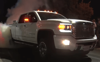 Cars take part in huge American burnout after-party