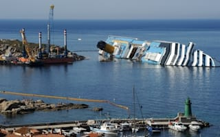 Was Costa Concordia sailing with 'faulty instruments' before it crashed?