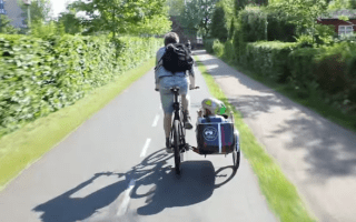 Innovative new bike-mounted child carrier
