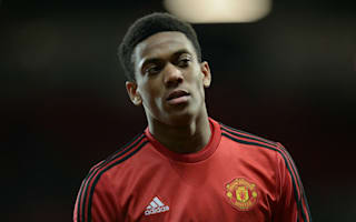 Martial injured in warm-up to give Rashford United debut