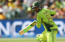 Pakistan select Sohail as Umar's replacement for Champions Trophy
