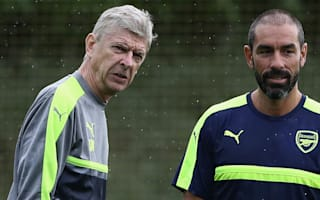 Wenger will stay at Arsenal and snub England, believes Pires
