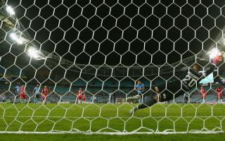 Bobo preserves Sydney's unbeaten start in Cup final rematch