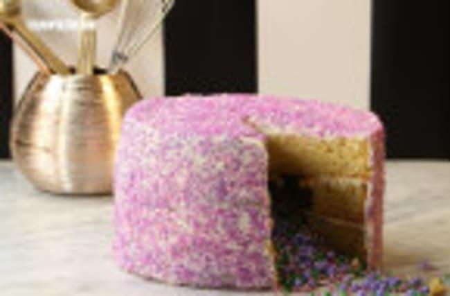 Glitter & Sprinkles Piñata Cake