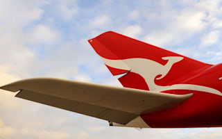 Qantas plane returns to airport after burst water pipe floods aisles