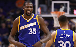 Warriors roll on, Clippers stay hot