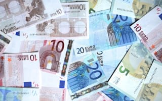 €20,000 found in burning car