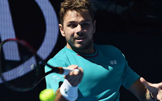 Wawrinka untroubled by Tsonga at Australian Open