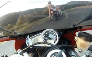 Video: Naked biker tackles the Isle of Man