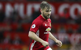 Shaw must mature at United - Neville