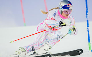 Vonn crashes out, carried to finish at El Tarter super-G