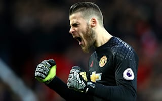 Real Madrid say 'someone is messing around' with Man United star De Gea
