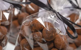 Edible gifts and decorations