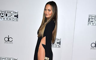 Chrissy Teigen keeps it cool with brilliant apology after AMAs wardrobe malfunction
