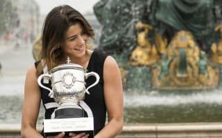 Wimbledon success could make Muguruza world number one, Thiem breaks top 10