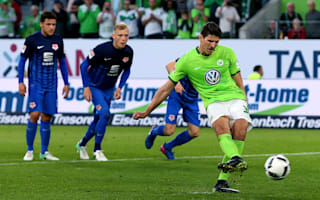 Wolfsburg 1 Eintracht Braunschweig 0: Gomez penalty earns first-leg lead