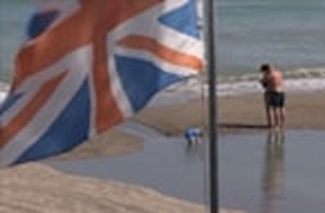 UK economy: mixed messages muddle markets