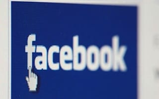 Facebook piloting payments system