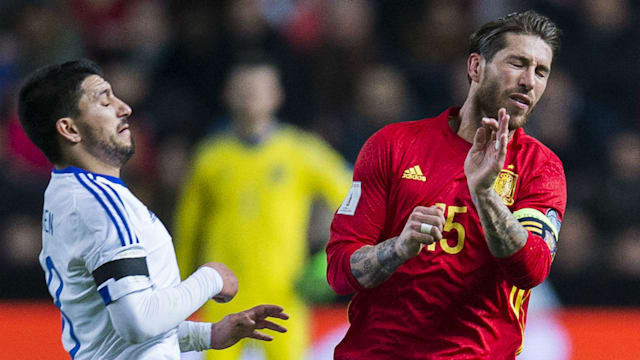 Proof that Sergio Ramos & Gerard Pique get on very well