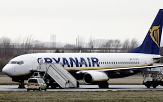 Ryanair flight struck by lightning diverts to Glasgow