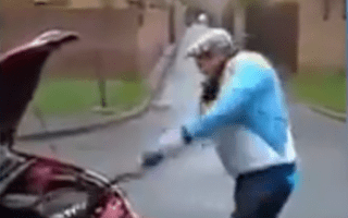 Driver attacks own car after wheel clamping
