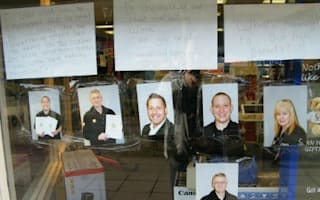 Jessops staff put appeal for jobs in shop window