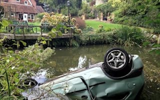 OAP fishes ninth car out of pond in 20 years