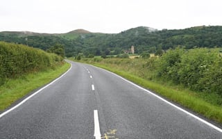 Highway chiefs recommend removing white lane markings